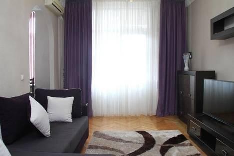 Сдается 2-комнатная квартира посуточно в Кишиневе, пр-т Штефан чел Маре, 64.