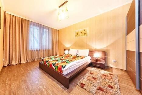 Сдается 3-комнатная квартира посуточно в Кишиневе, пр-т Штефан чел Маре, 64.