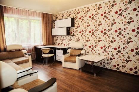 Сдается 2-комнатная квартира посуточно в Воронеже, ул. Революции 1905 года, 42.
