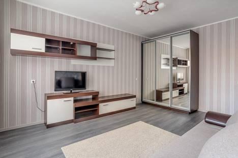 Сдается 1-комнатная квартира посуточнов Оби, ул. Титова, 31/1.