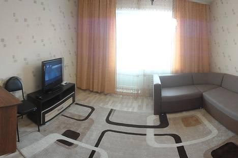 Сдается 4-комнатная квартира посуточно в Братске, Советская 7.