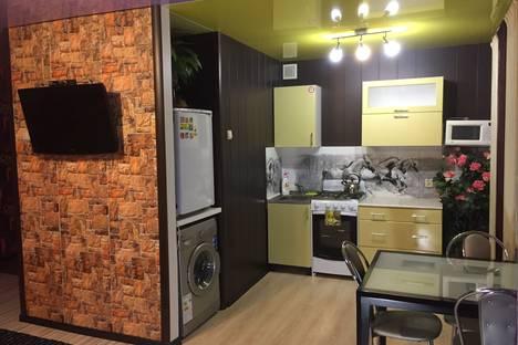 Сдается 1-комнатная квартира посуточно в Печоре, Социалистическая, 1а.