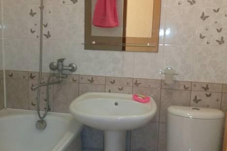 Сдается 1-комнатная квартира посуточнов Геленджике, ул. Свердлова, 7.