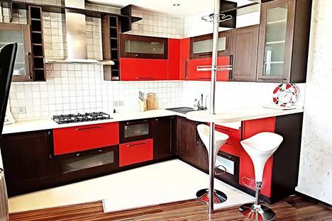 Сдается 2-комнатная квартира посуточно в Орле, 1 посадская, 23.