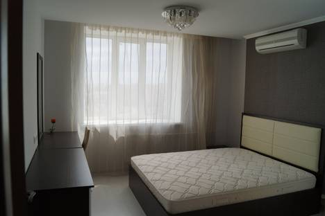 Сдается 3-комнатная квартира посуточно в Рязани, ул. Вокзальная, д.51А.