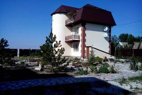 Сдается коттедж посуточно в Бердянске, Маяковского, 455.