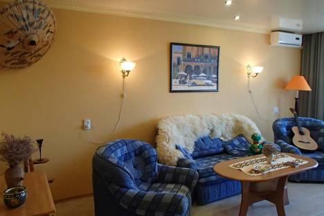 Сдается 3-комнатная квартира посуточнов Орджоникидзе, Долинный переулок, 19.