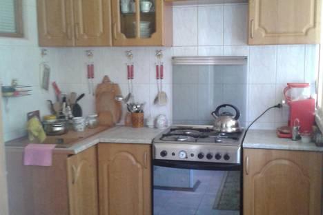 Сдается 2-комнатная квартира посуточно в Сочи, ул. Островского, 1.