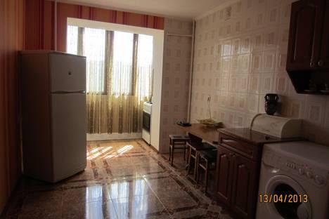 Сдается 3-комнатная квартира посуточно во Владикавказе, ул. Кырджалийская, 23.