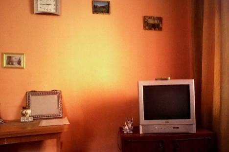 Сдается 1-комнатная квартира посуточно в Горно-Алтайске, Коммунистический проспект, 73.