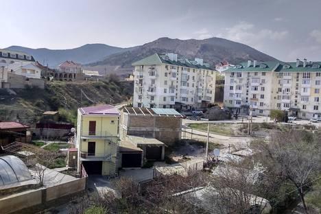 Сдается 2-комнатная квартира посуточно в Судаке, Айвазовского, 23.
