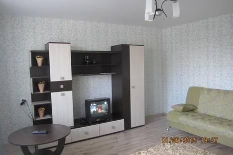 Сдается 1-комнатная квартира посуточно в Братске, Советская, 2.