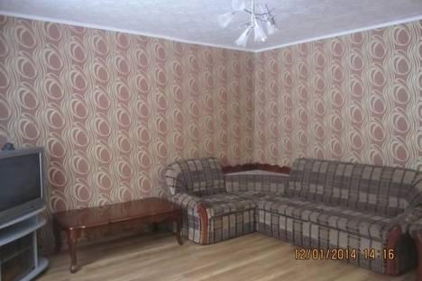 Сдается 1-комнатная квартира посуточно в Братске, Возрождения, 3.
