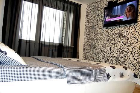 Сдается 1-комнатная квартира посуточнов Саратове, ул. Омская, 19А.