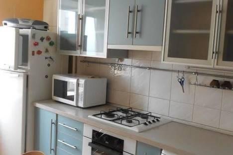 Сдается 2-комнатная квартира посуточно в Ильичёвске, Бульвар Гайдара, 5.