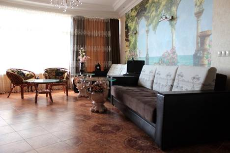 Сдается 3-комнатная квартира посуточнов Сочи, Медовая ул., 29.