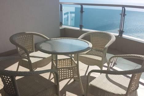 Сдается 4-комнатная квартира посуточно в Сочи, Курортный проспект, 94.