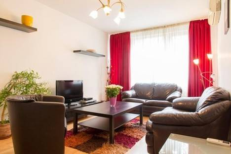 Сдается 2-комнатная квартира посуточно в Софии, Шандор Петефи, 47.