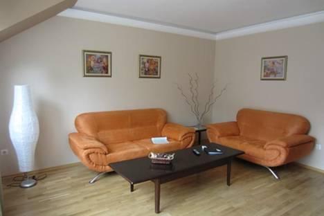 Сдается 3-комнатная квартира посуточнов Софии, ул. Иван Денкоглу, 2.