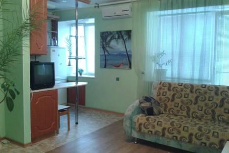 Сдается 1-комнатная квартира посуточнов Омске, ул. Ленина, 44.