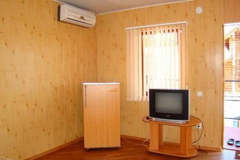 Сдается коттедж посуточно в Бердянске, Набережная, 77.