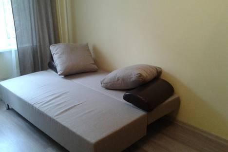 Сдается 1-комнатная квартира посуточно в Серпухове, ул. Луначарского, д.37.
