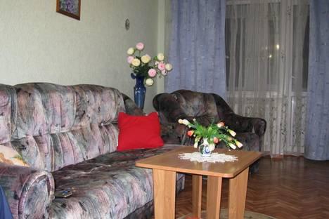 Сдается 1-комнатная квартира посуточно в Таганроге, пер. гарибальди, 6.