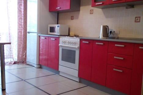 Сдается 2-комнатная квартира посуточно в Томске, ул. Федора Лыткина, 26.