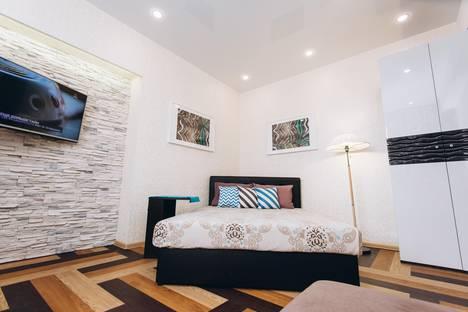 Сдается 1-комнатная квартира посуточно в Екатеринбурге, Малышева 1.