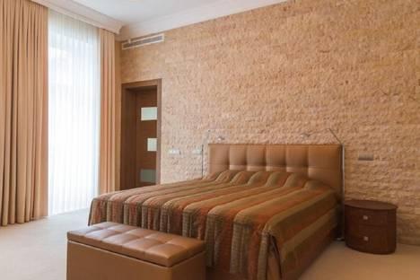 Сдается 1-комнатная квартира посуточнов Екатеринбурге, ул. Уральская, 55.