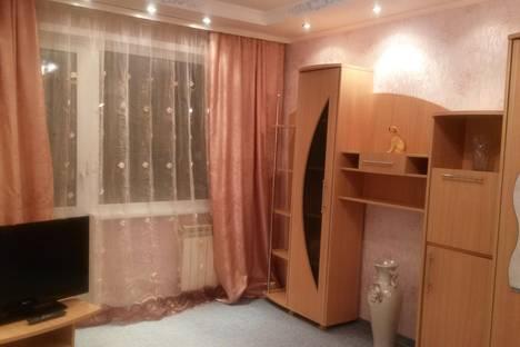 Сдается 1-комнатная квартира посуточнов Ангарске, 22 микрорайон, дом 1.