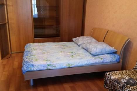 Сдается 1-комнатная квартира посуточнов Ангарске, микрорайон 12А, 6.