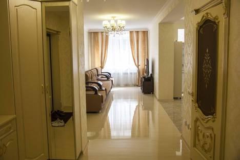 Сдается 2-комнатная квартира посуточно в Кисловодске, кирова 33.