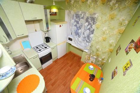 Сдается 2-комнатная квартира посуточно, ул. Шеронова, 95.