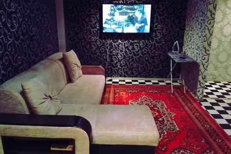 Сдается 2-комнатная квартира посуточно в Новотроицке, ул. Советская, 71.