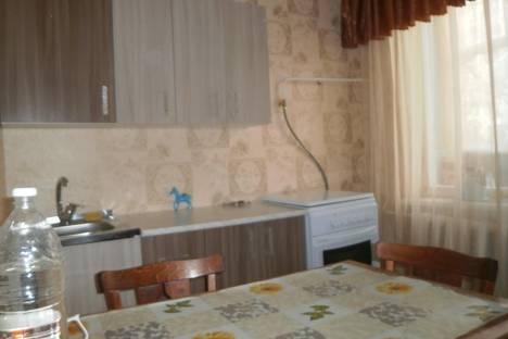 Сдается 1-комнатная квартира посуточно в Ейске, Морская, 266.