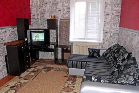Сдается 2-комнатная квартира посуточнов Новотроицке, ул. Пушкина, 6.