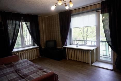 Сдается 2-комнатная квартира посуточнов Санкт-Петербурге, Ахматовская 7.