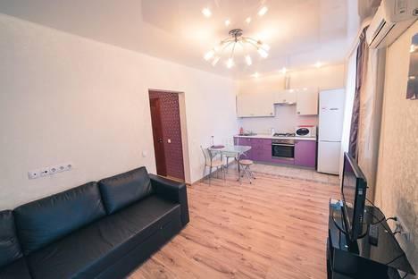 Сдается 2-комнатная квартира посуточно в Уфе, Революционная 34/1.