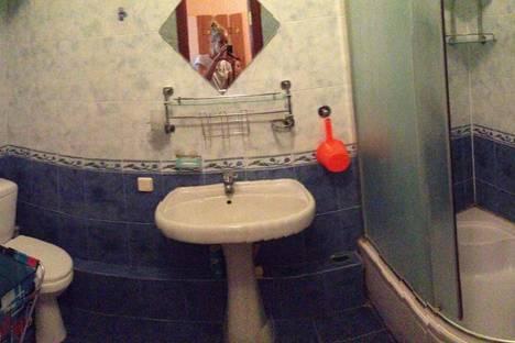 Сдается 2-комнатная квартира посуточно в Гурзуфе, Санаторная,3.