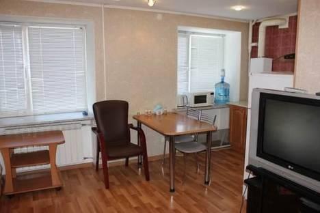 Сдается 2-комнатная квартира посуточно в Ухте, Ленина, 23.