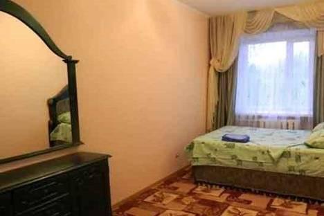 Сдается 2-комнатная квартира посуточно в Ухте, Ленина, 21.
