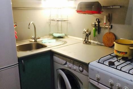 Сдается 1-комнатная квартира посуточнов Астрахани, Степана Здоровцева, 6а.