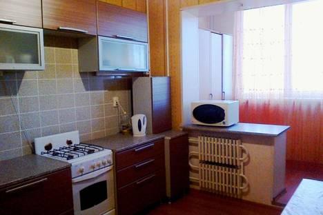 Сдается 1-комнатная квартира посуточнов Астрахани, Бориса Алексеева, 36.