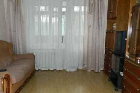 Сдается 2-комнатная квартира посуточно в Ухте, Космонавтов, 19.