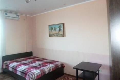 Сдается 2-комнатная квартира посуточно в Адлере, Просвещения, 84.