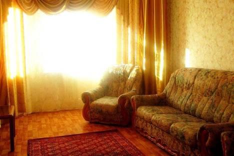 Сдается 2-комнатная квартира посуточно в Орле, пер.Межевой, д. 9.