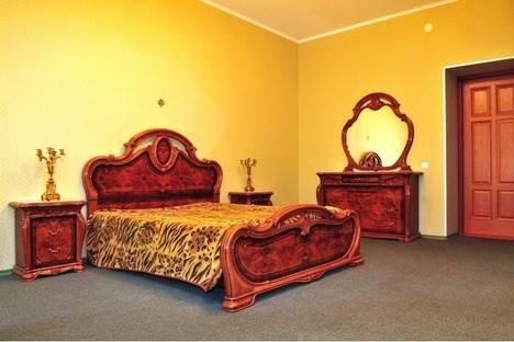 Сдается 3-комнатная квартира посуточнов Санкт-Петербурге, ул. Захарьевская, д.3.