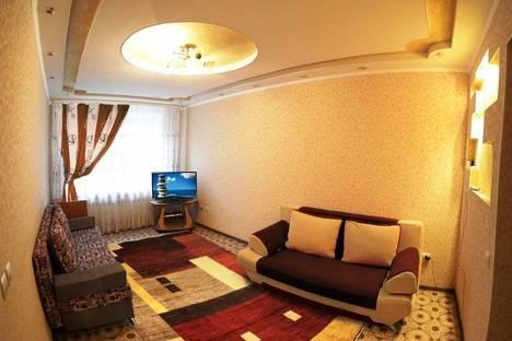 Сдается 3-комнатная квартира посуточно, ул. Мира 2в.