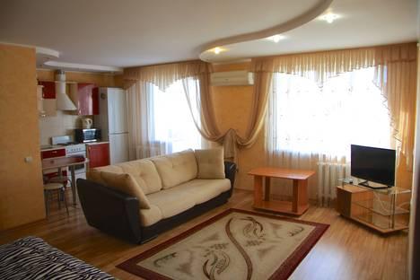 Сдается 1-комнатная квартира посуточно в Волгограде, Елецкая ул., 1.